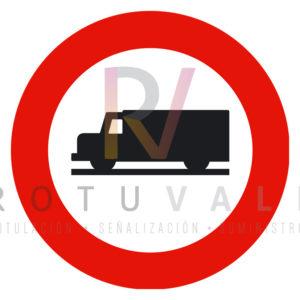 R-106-Señal de Entrada-prohibida-a-vehículos-destinados-al-transporte-de-mercancías-Rotuvall