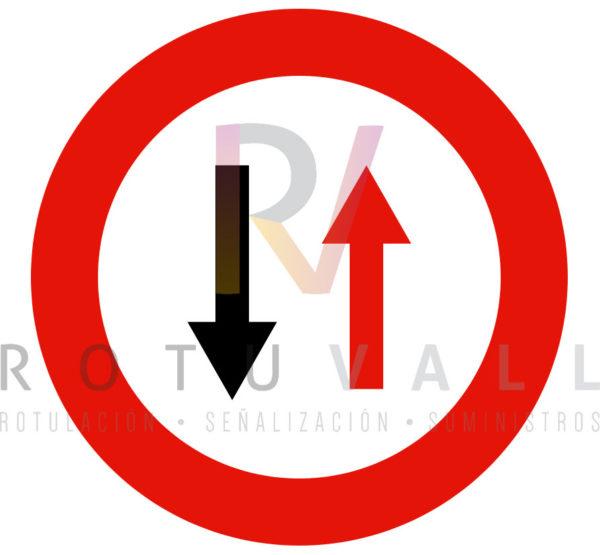 R-5-Prioridad-en-Sentido-contrarioRotuvall