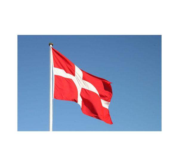 Bandera-Dinamarca-exterior-ROTUVALL