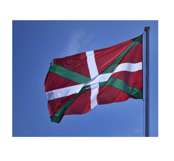 Bandera-Pais-Vasco-Exterior-ROTUVALL