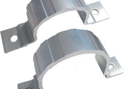 Abrazadera-simple-de-aluminio-para-poste